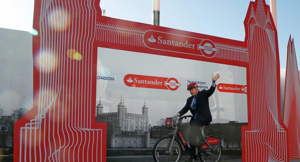 Boris Johnson , alcalde de Londres, usa bici Boris