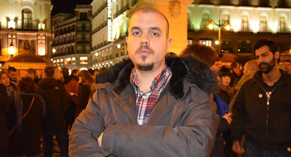Héctor Arroyo (izda.) y Sergio B., españoles detenidos en Donbás