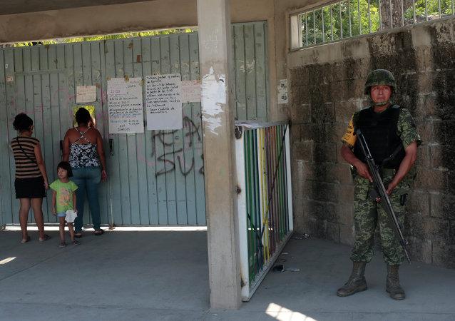 Soldado mexicano (archivo)
