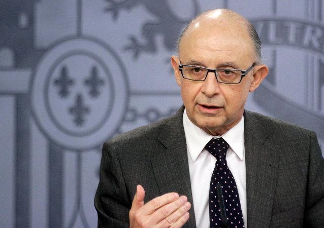 Cristóbal Montoro, ministro de Hacienda y Administraciones Públicas de España
