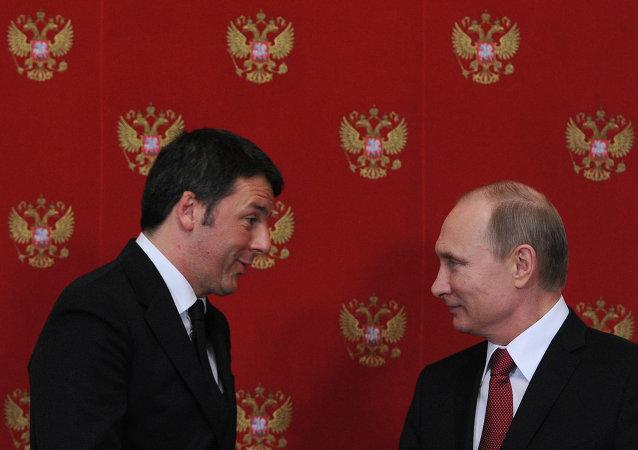 Primer ministro de Italia, Matteo Renzi y presidente de Rusia, Vladímir Putin