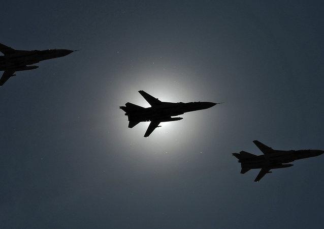 Aviones de asalto Su-24 (archivo)