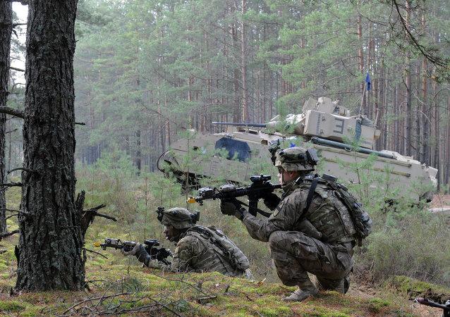 Militares de Otan durante las maniobras Iron Sword en Lituania (archivo)
