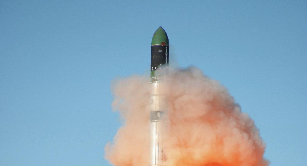 Lanzamiento del cohete Dnepr RS-20 (archivo)