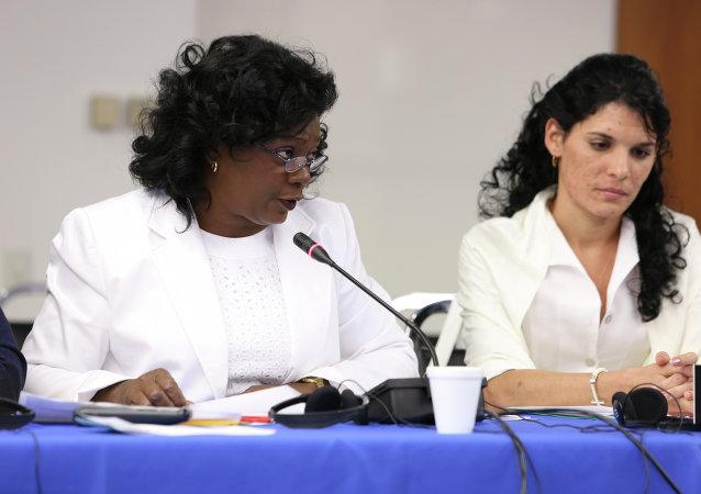 Berta Soler y Zayli Navarro (Damas de Blanco)