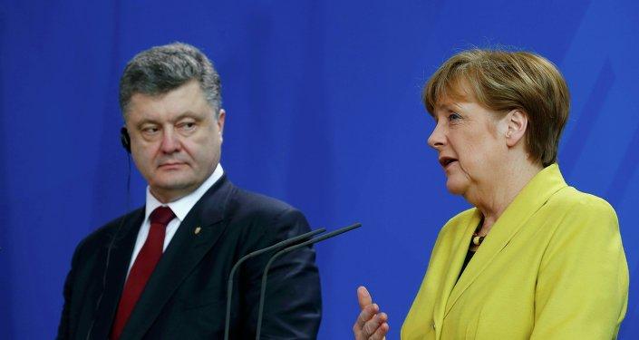 Presidente de Ucrania, Petró Poroshenko y canciller de Alemania, Angela Merkel