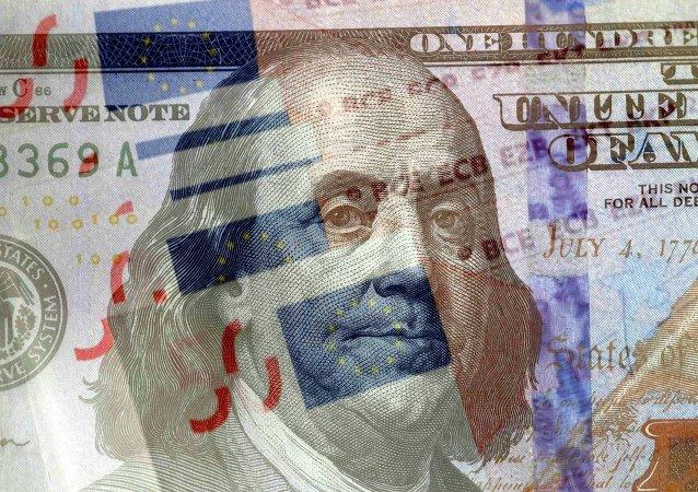 Notas de euro y dólar