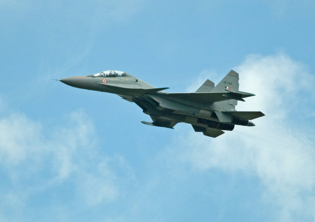 Caza Su-30 de la Fuerza Aérea de la India (archivo)