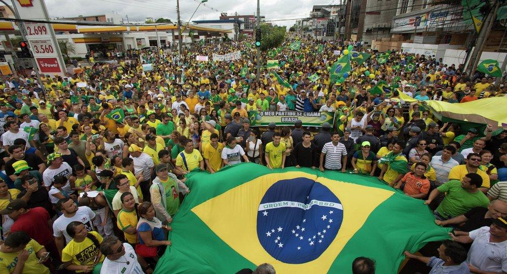 La crisis política facilita el auge del discurso Tea Party en Brasil, según politólogo