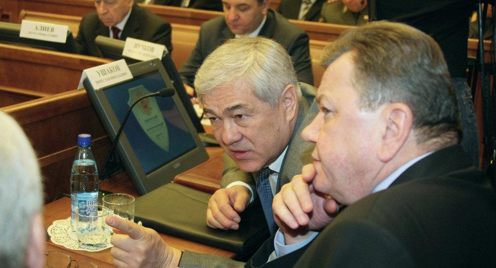 Directores adjuntos del Servicio de Seguridad Federal de Rusia Vyacheslav Ushakov y Oleg Siromólotov (dcha.), 2009