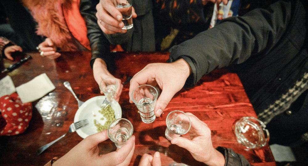 El alcohol sigue siendo la principal causa de muerte entre los hombres rusos