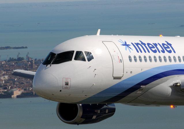 Un  avión de Interjet