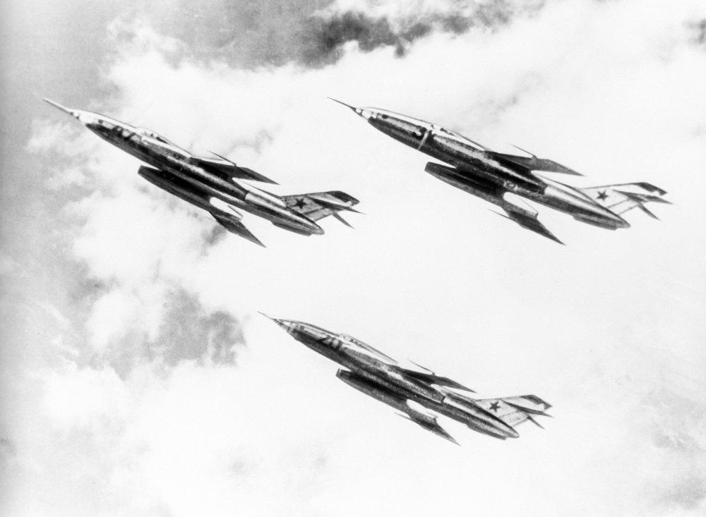 El Yak-28