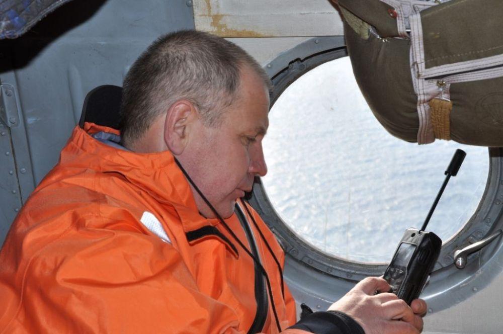 Operación de rescate en la zona del naufragio del pesquero ruso en el mar de Ojotsk