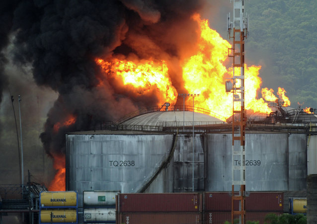 Incendio en Santos de Brasil