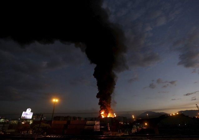 Incendio en el puerto de Santos