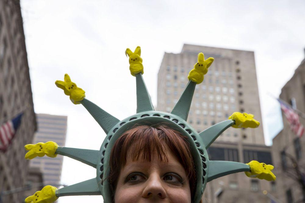 Una participante del Desfile de Pascua en la 5ª avenida de Nueva York