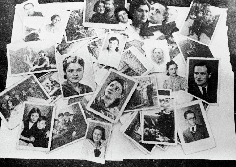 Fotografías de personas asesinadas en 1944 en el campo de Majdanek