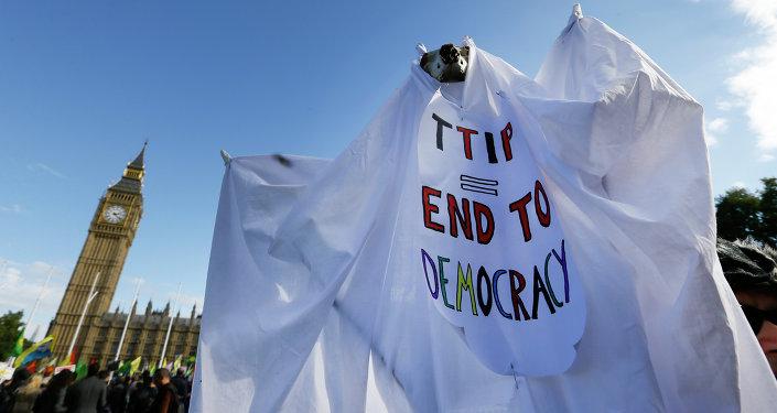Manifestación contra TTIP en Reino Unido