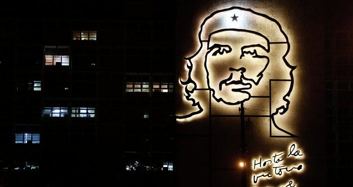 Una escultura del héroe revolucionario cubano Ernesto Che Guevara