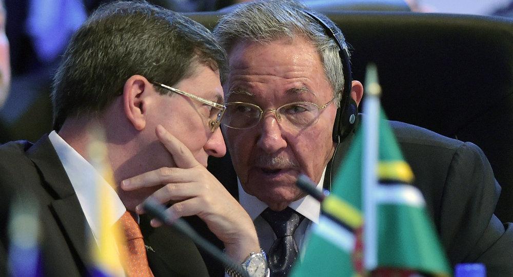 El presidente de Cuba, Raúl Castro, y el ministro de Relaciones Exteriores de Cuba, Bruno Rodríguez