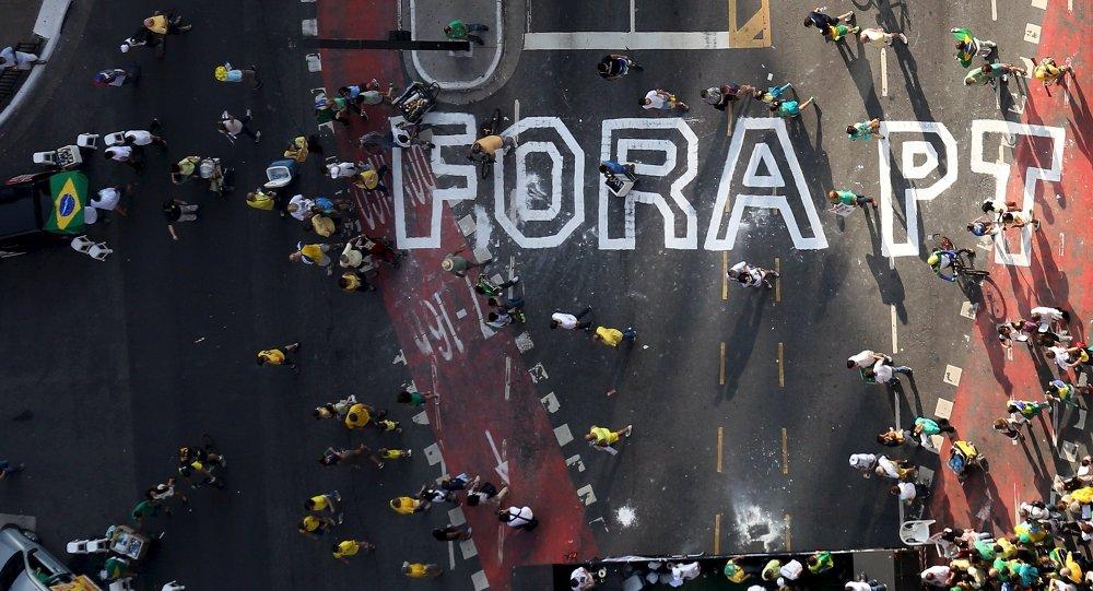La segunda manifestación del Movimiento Brasil Libre tiene un 72% menos de participación