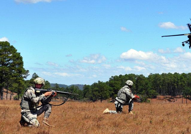 Soldados estadounidenses en la base militar aérea de Soto Cano en Honduras