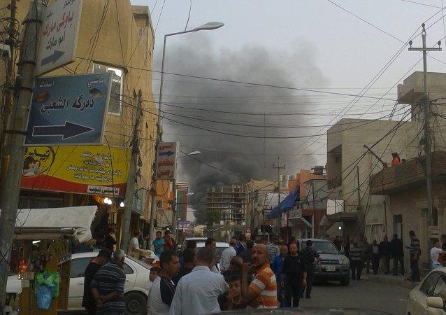 Testigos citados por esta fuente indican que una bomba explotó cerca de la legación diplomática a las 5.40 hora local (14.40 GMT)