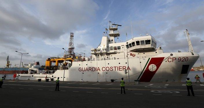 La Guardia Costera italiana rescata a más de 6.000 inmigrantes en 48 horas