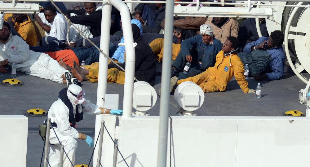 Migrantes ilegales de África en Lampedusa
