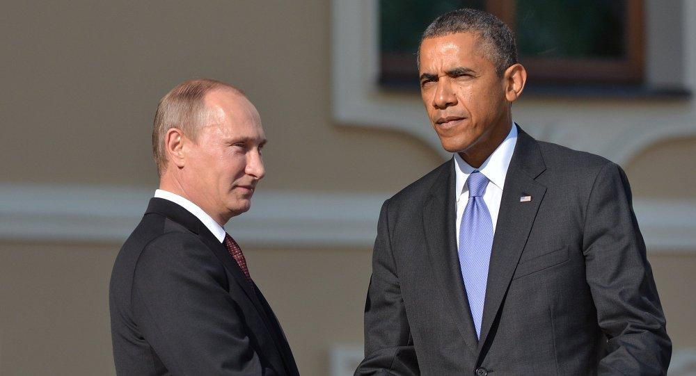 Presidente de Rusia,  Vladímir Putin, y presidente de EEUU, Barack Obama, durante la bienvenida oficial en cumbre de G20 en San Petersburgo
