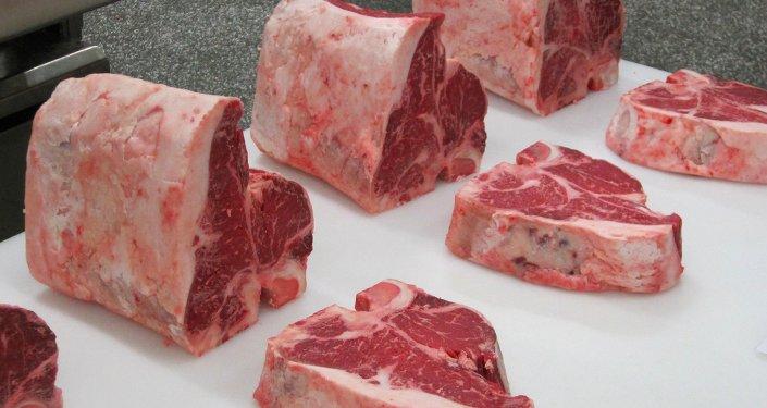 Chile amplía cierre temporal de mercado a carnes provenientes de Brasil
