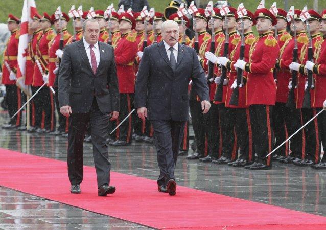 El presidente de Georgia, Gueorgui Margvelashvili, y el presidente de Bielorrusia, Alexandr Lukashenko, reúnen en Tbilisi