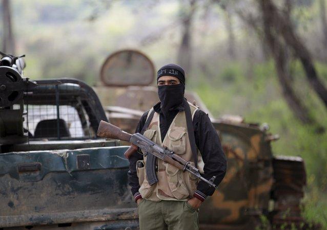 Militante de un grupo rebelde sirio