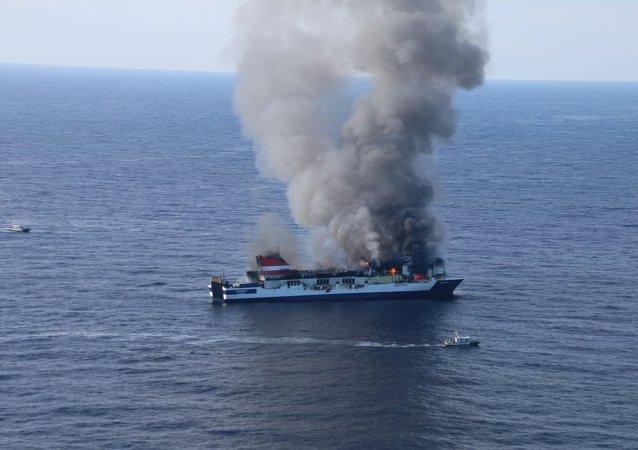 Incendio en el ferry Sprrento de la línea Palma-Valencia