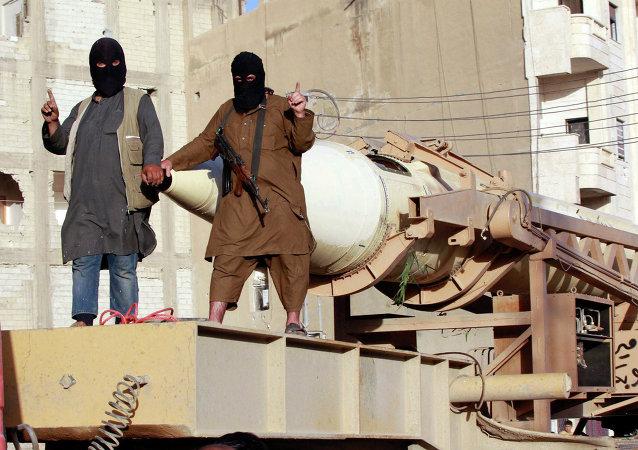 Militantes del grupo Daesh