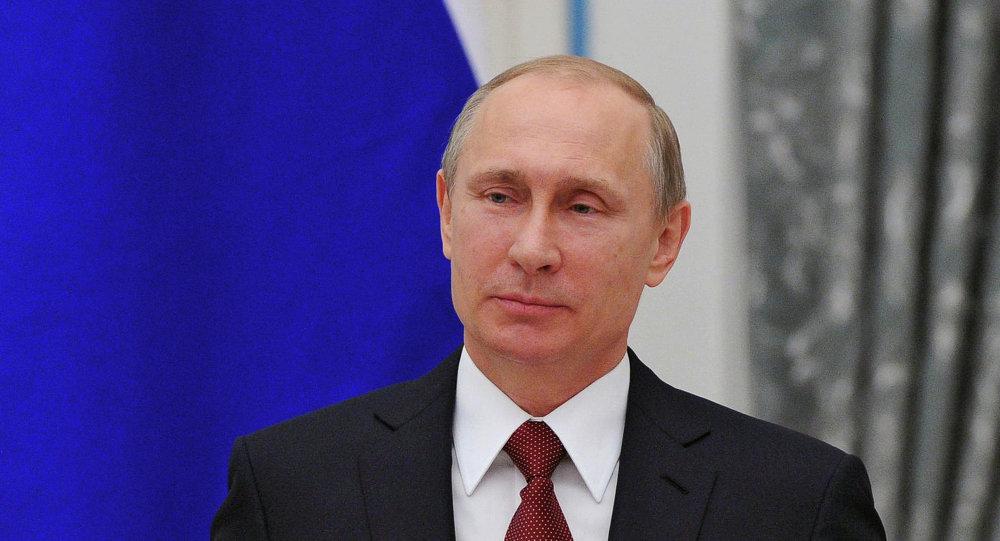 El presidente de Rusia, Vladímir Putin, en el Kremlin durante la ceremonia de otorgamiento del título Héroe del Trabajo de la Federación Rusa
