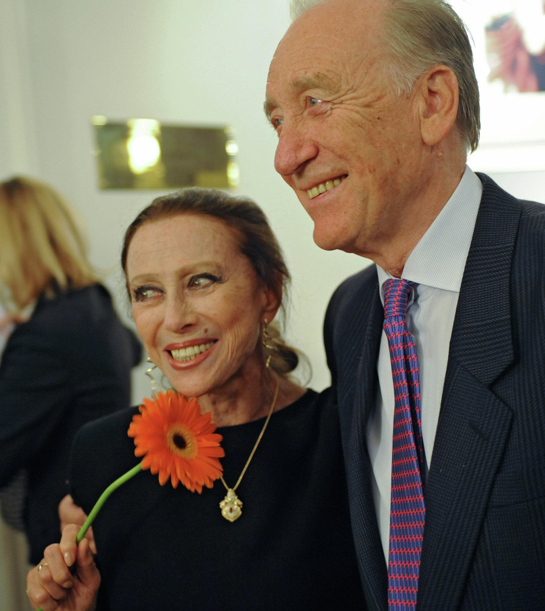 La bailarina Maya Plisétskaya y su marido compositor Rodión Schedrín en la celebración del 15 aniversario del Premio Nacional de Teatro Máscara de Oro en Moscú