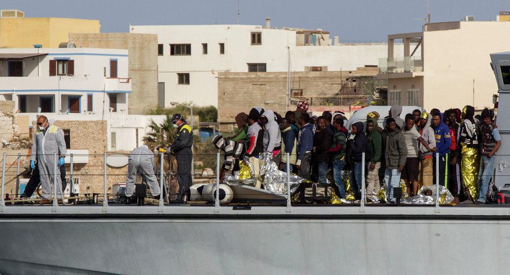 Inmigrantes ilegales en Lampedusa