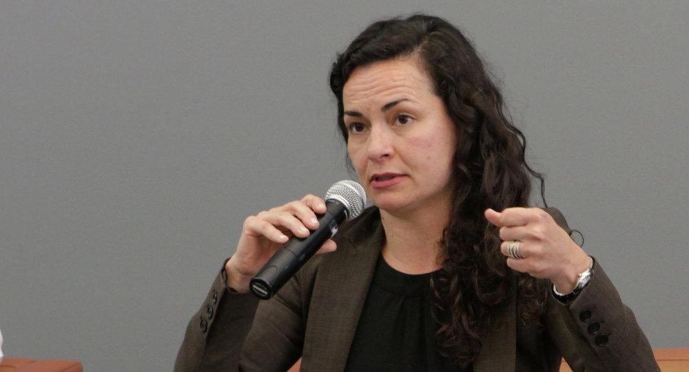 Almudena Bernabeu