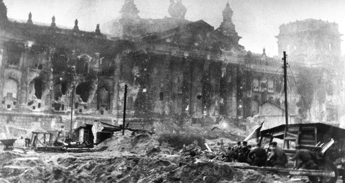Soldados soviéticos en Berlin