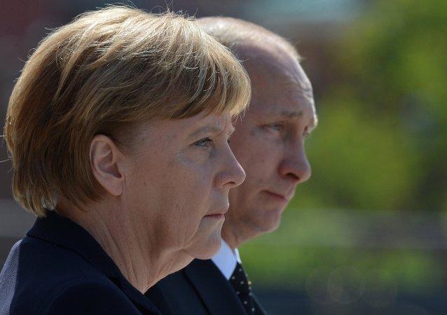 Angela Merkel, canciller de Alemania y Vladímir Putin, presidente de Rusia