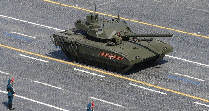 Carro de combate Armata (T-14) durante el Desfile de la Victoria en la Plaza Roja