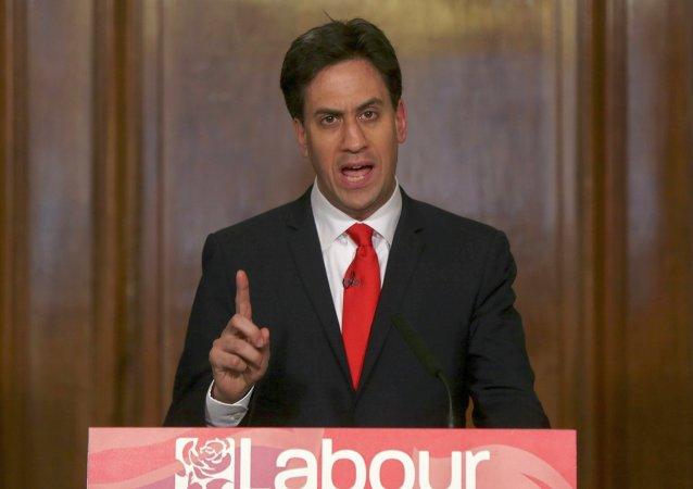 Ed Miliband anuncia su dimisión