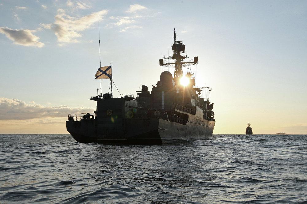 El buque 'Yaroslav Mudriy' durante las maniobras en el mar Báltico.