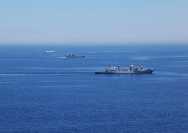 Maniobras ruso-chinas Cooperación Naval 2015