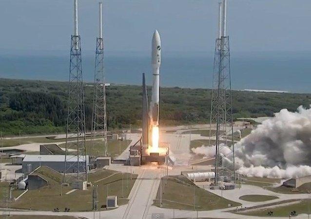 Un avión espacial de EEUU despega en misión secreta
