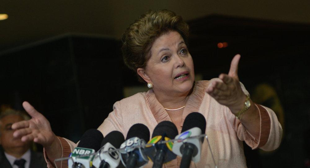 La presidenta de Brasil, Dilma Rousseff, en la conferencia de prensa en La Habana