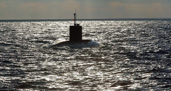 Submarino de la Armada rusa en el mar Báltico