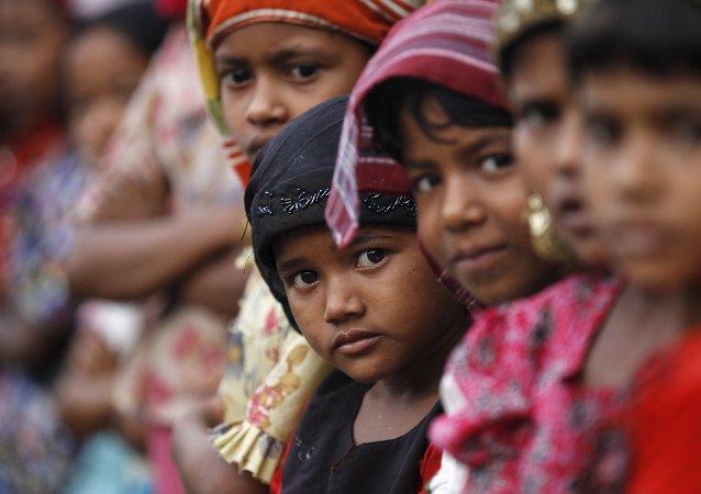 Niños rohingyas